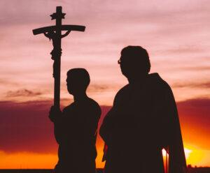 Imagen principal del curso online «Animación misionera en la comunidad parroquial», del ámbito de «Anuncio» de la Escuela Diocesana de Evangelizadores.